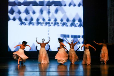 5th Showcase of OnStage Korea: Hyunju Lee Dance Company